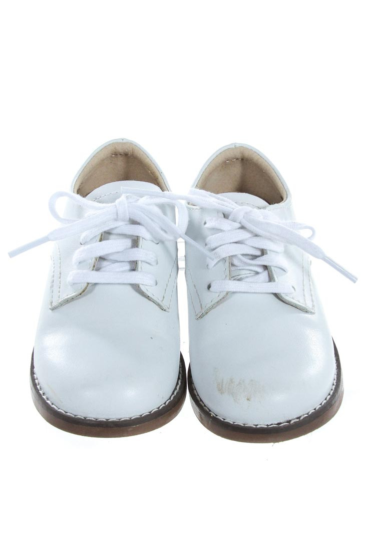 FOOTMATES WHITE SHOES *SIZE TODDLER 8.5- GUC- SCUFFING ON TOES