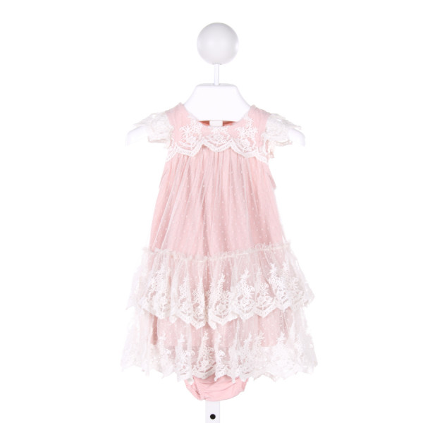 POLLY FINDERS  LT PINK    2-PIECE OUTFIT WITH LACE TRIM