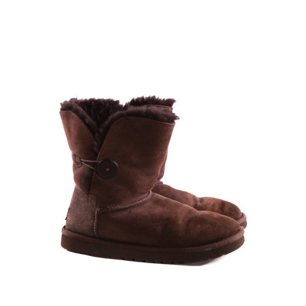 BROWN UGG BOOTS *SIZE 7, VGU - SOME LIGHT WEAR AND VERY MINOR FADING