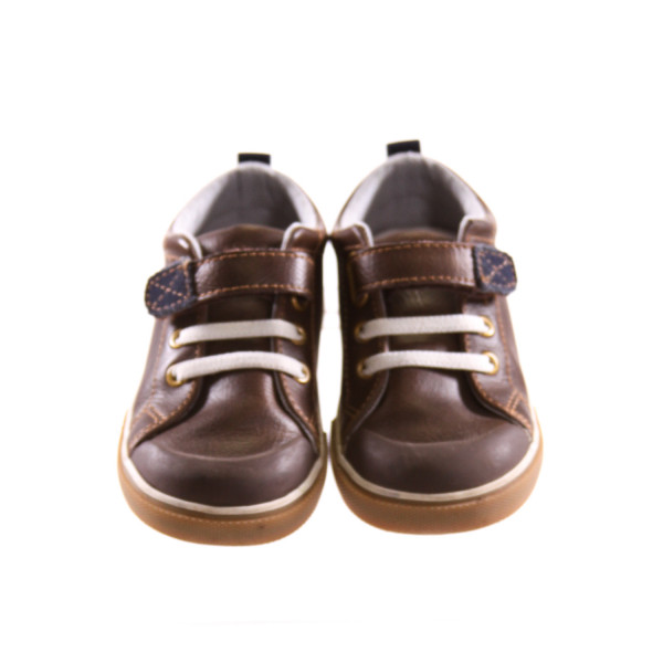SEE KAI RUN BROWN SHOES *SIZE 7.5, VGU - LIGHT SCUFFING