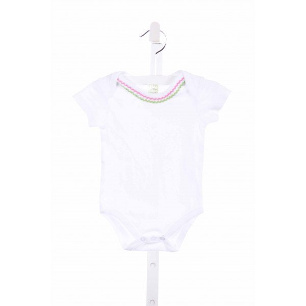 3 MARTHAS  WHITE KNIT   LAYETTE WITH RIC RAC