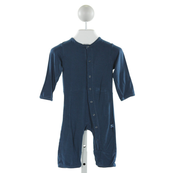 KICKEE PANTS  BLUE    LAYETTE