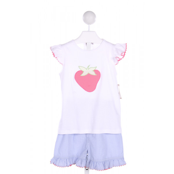 SHRIMP & GRITS  2-PIECE SHORT SET WITH STRAWBERRY APPLIQUE AND BLUE  GINGHAM  SHORTS WITH RIC RAC