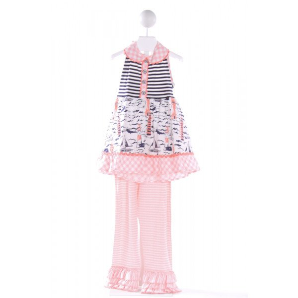 SHRIMP & GRITS PINK 2-PIECE PRINTED DESIGN SET WITH RUFFLE  PANTS