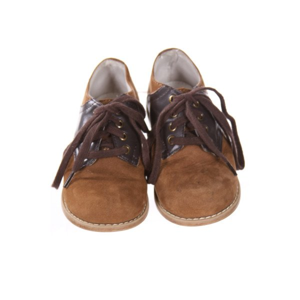 BROWN WILLITS SHOES *SIZE 6.5, VGU - MINOR SCUFFING