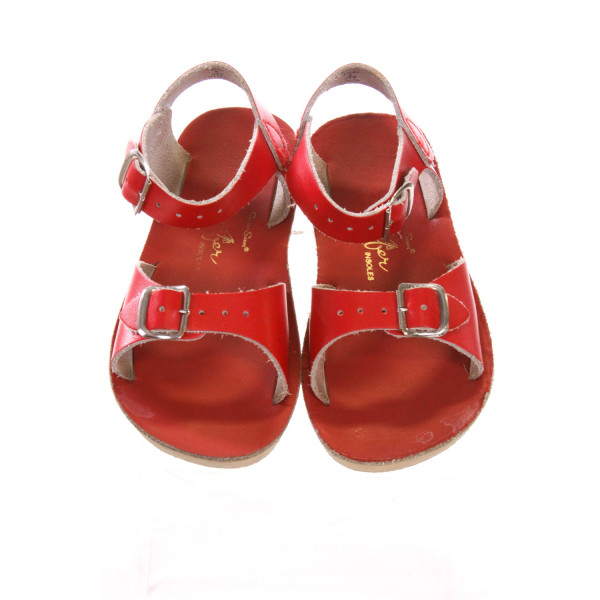 RED SUN SANS/ SALTWATER SANDALS *SIZE 6, EUC - VERY TINY STAIN ON TOE OF SOLE