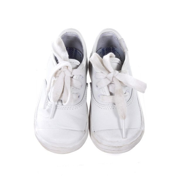 KEDS WHITE SNEAKER TODDLER SIZE 5M *LIGHT WEAR