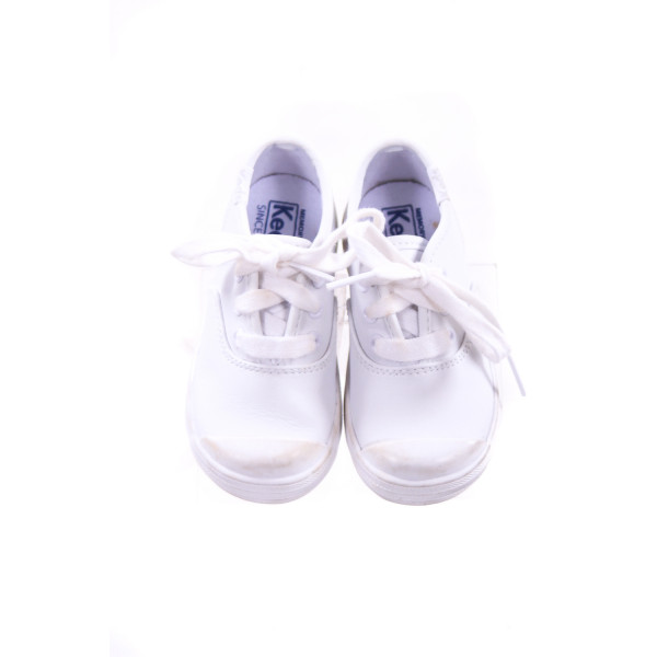 KEDS WHITE LACE UP SHOES TODDLER SIZE 6 *VGUC (LIGHT WEAR ON TOES)
