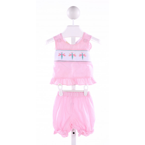 LINEY LU  LT PINK  GINGHAM SMOCKED 2-PIECE OUTFIT WITH RUFFLE