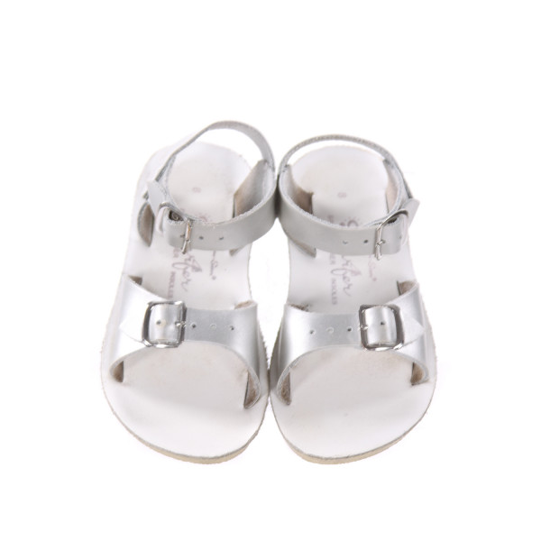 SILVER AND WHITE SUN SANS/ SALTWATER SANDALS *SIZE 8, EUC - VERY MINOR SCUFFING