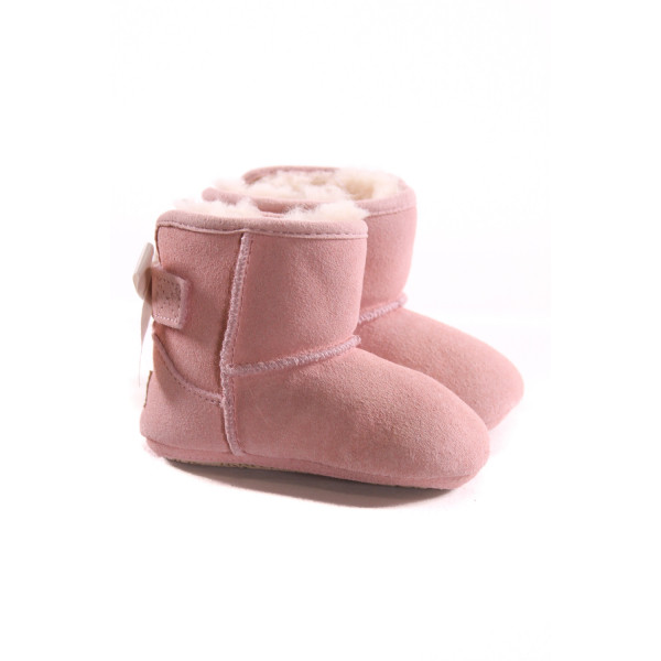 UGG PINK BOOTIES WITH BOWS *SIZE 2-3, EUC