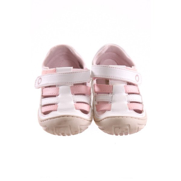 UGG PINK AND WHITE SHOES *SIZE 6, VGU - VERY SLIGHT DISCOLORATION ON TOE