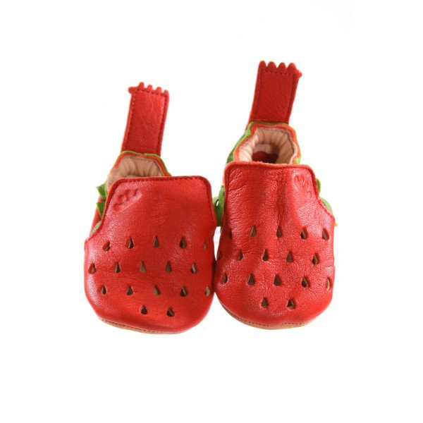EASY PEASY RED AND GREEN STRAWBERRY SOFT SOLES *SIZE 6-12 MONTHS = APPROX 3, EUC