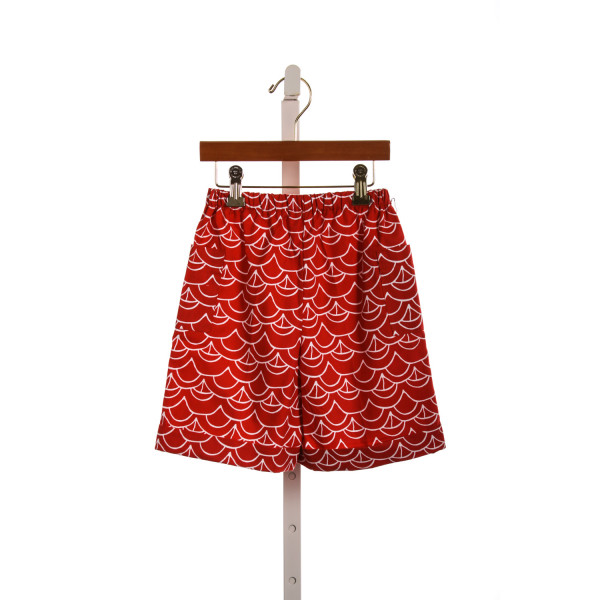 KAYCE HUGHES BOYS SHORTS IN RED SAILBOATS