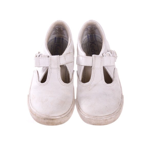 KEDS WHITE SHOES *SIZE 10.5M, GUC - SCUFFING AND DISCOLORATION