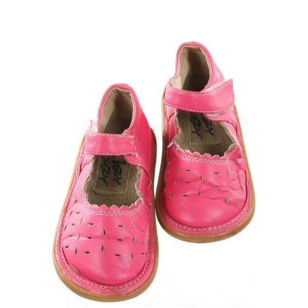 ITZY BITZY PINK SHOES *SIZE 6, GUC