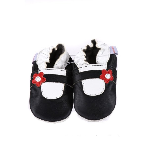 SKIDDERS BLACK LEATHER FLATS *SIZE 6-12 MONTHS, NWT