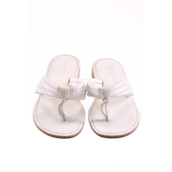 STEVEN SALARIO WHITE SANDALS *SIZE 3, VGU - SLIGHT DISCOLORATION