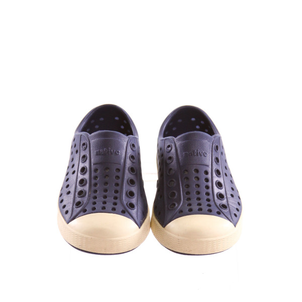 NATIVE DARK BLUE SHOES *SIZE 6, VGU - MINOR DISCOLORATION