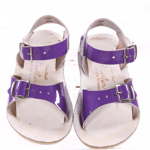 PURPLE SUN SANS/ SALTWATER SANDALS *SIZE 7, VGU - MINOR SCUFFING AND DISCOLORATION