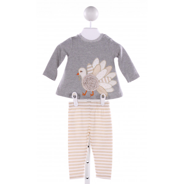 MUD PIE  GRAY  STRIPED APPLIQUED 2-PIECE OUTFIT