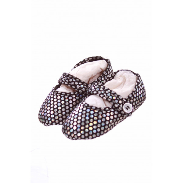 STUART WEITZMAN BLACK AND SILVER POLKA DOT SHOES *NO SIZE TAG BUT RUNS LIKE A 6-12MONTH