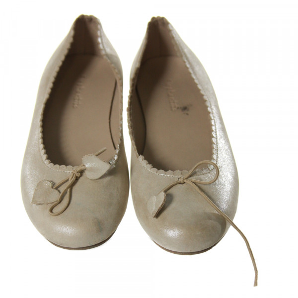 ELEPHANTITO GOLD SHIMMER FLATS WITH SCALLOPING *SIZE CHILD 1.5, VGU - SCUFFING, LIGHT WEAR,  AND BOW IS BROKEN ON ONE SHOE
