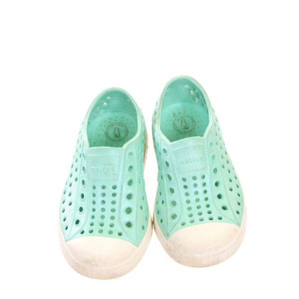 NATIVE TURQUOISE SHOES *SIZE 7, VGU - MINOR SCUFFING