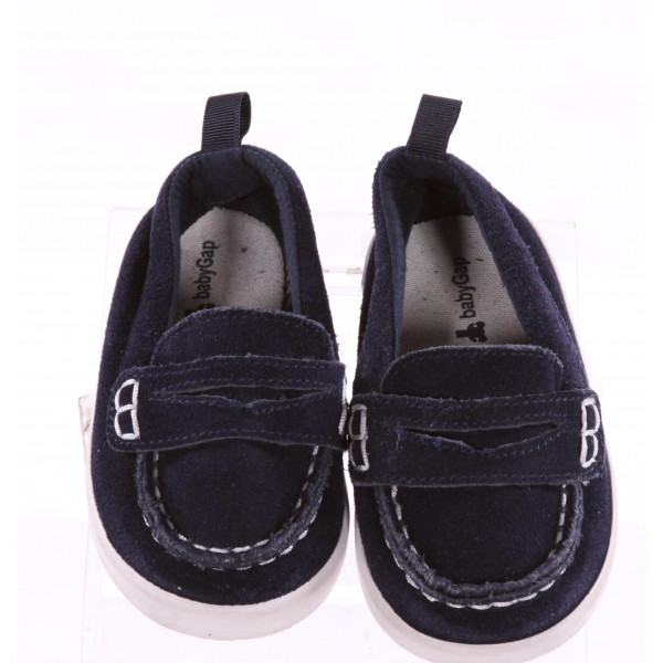 GAP NAVY BLUE SHOES *SIZE 18-24 MONTHS = APPROX SIZE 6, EUC - SLIGHT DISCOLORATION ON TOE