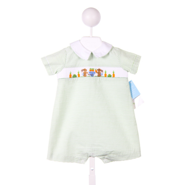 COLLECTION BEBE GREEN SEERSUCKER SMOCKED BUNNIES AND CARROTS SHORTALL