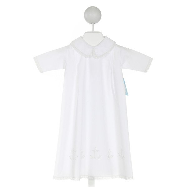 AURALUZ  WHITE   EMBROIDERED LAYETTE WITH LACE TRIM