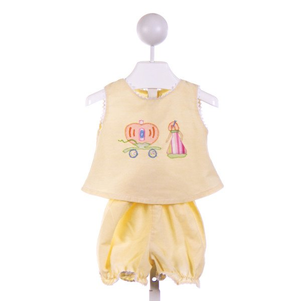 ROYAL KIDZ  YELLOW   APPLIQUED 2-PIECE OUTFIT WITH RIC RAC
