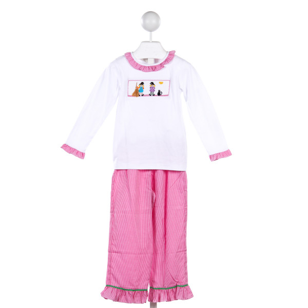 SILLY GOOSE 2 PIECE WHITE KNIT TOP WITH WITCH SMOCKING AND MATCHING PINK GINGHAM PANTS