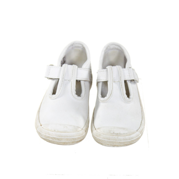KEDS WHITE SHOES *SIZE TODDLER 6, GUC - DISCOLORATION
