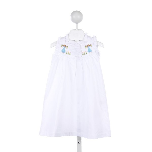 SWEET DREAMS WHITE GOWN WITH FLOWER GIRLS EMBROIDERY