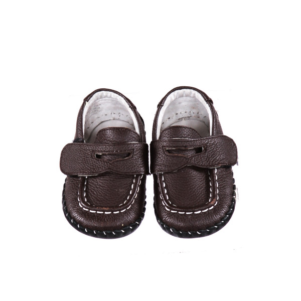 PEDIPED BROWN LEATHER LOAFERS WITH VELCRO STRAP *SIZE 6-12 MONTHS, VGU - MINOR SCUFF MARKS